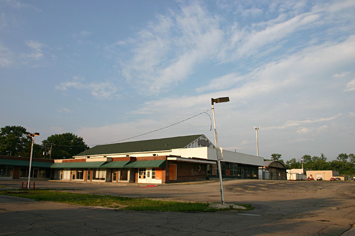 Indianola Park Shopping Center, viewed from SW, 2006